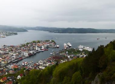 Blick vom Berg Floyen auf die Stadt Bergen.
